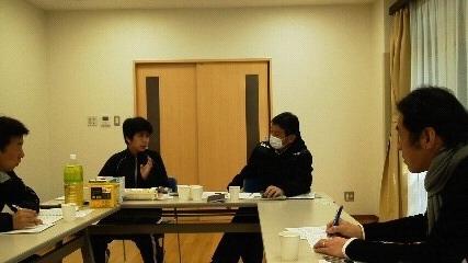 スタッフミーティング.JPG